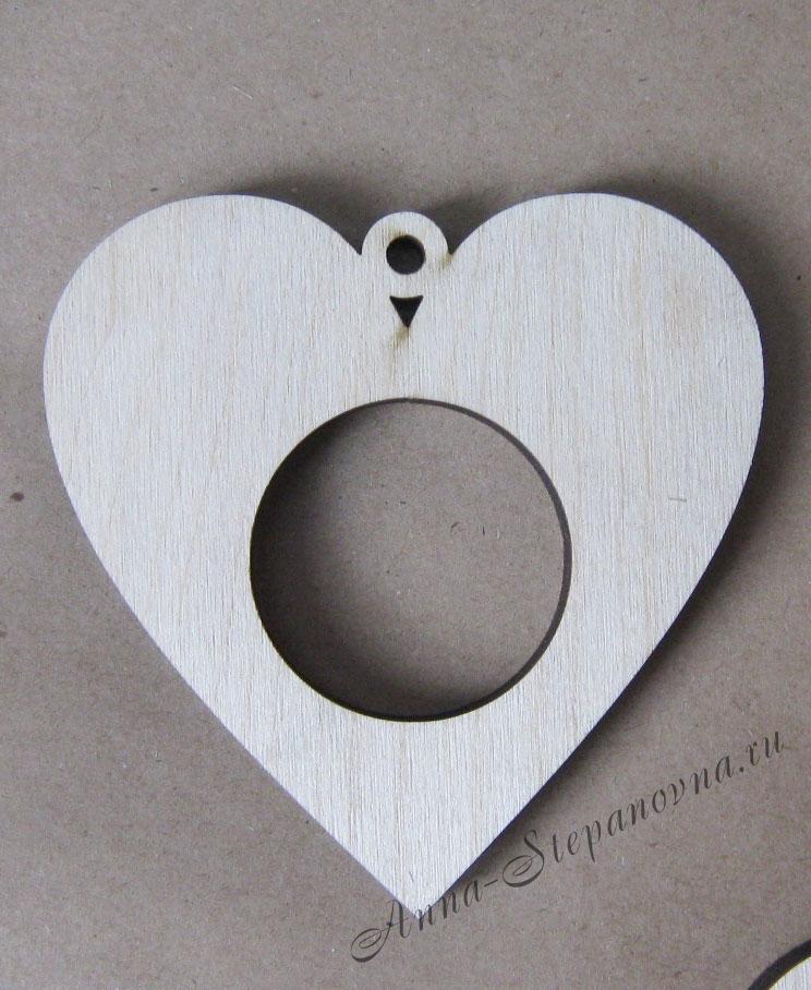 Рамка-медальон сердечко №4
