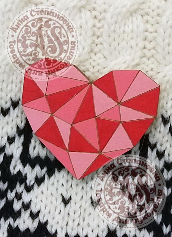 Значок «Сердце» деревянный