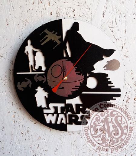 Часы деревянные «Звездные войны»