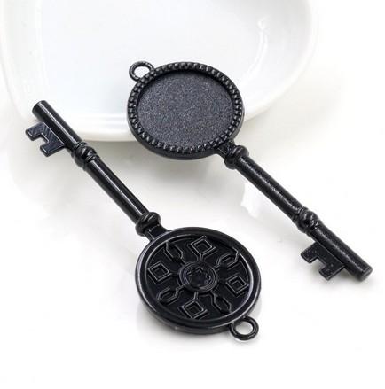 Подвеска-рамка для кабошона Ключ черная