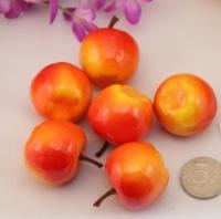 Декоративные яблочки красные