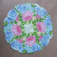 Салфетка круглая «Цветочный вальс»