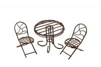 Миниатюра: стол и два стула