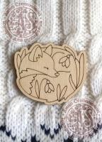 Заготовка деревянного значка «Спящая лисичка»