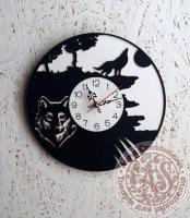 Часы деревянные «Волк»