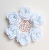 Цветы из фетра. Розы белые