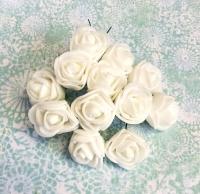 Букетик роз из фоама белые