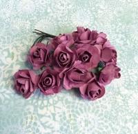 Бумажные розы сиреневые, маленькие