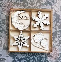 Набор ёлочных игрушек из дерева №2 Новый год 2020