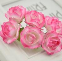 Бумажные цветы Ярко-розовые розы