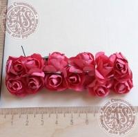 Бумажные розы фуксия, маленькие