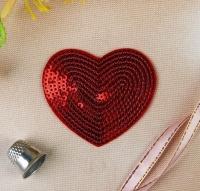 Термоаппликация, нашивка Сердце с пайетками