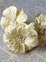 Цветы «Аромат ванили» бумажные